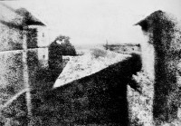 http://goofkloosterman.nl/files/gimgs/th-29_View_from_the_Window_at_Le_Gras,_Joseph_Nicéphore_Niépce,_uncompressed_UMN_source.jpg